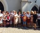 Mieszkańcy Borzymowa po uroczystej mszy świętej