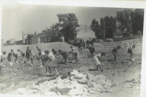 Budowa domu nauczyciela. Rok 1970..