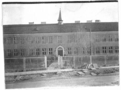 Budynek szkoły w Oleśnicy..
