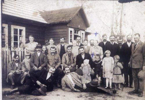 Rok 1930.